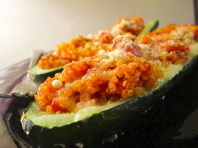 Stuffed-zucchini-with-quinoa